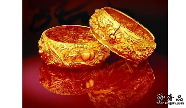 二手潮宏基黄金首饰和银饰不能一起佩戴